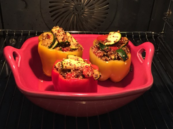 Poivrons-farcis-quinoa-courgettes
